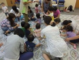 2015-09-07 いつひよ ベビーとママのヨガ&リズム体操 094 (270x203)