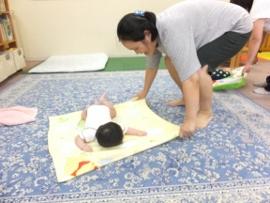 2015-09-07 いつひよ ベビーとママのヨガ&リズム体操 137 (270x203)