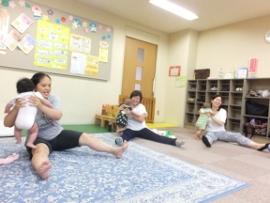 2015-09-07 いつひよ ベビーとママのヨガ&リズム体操 140 (270x203)