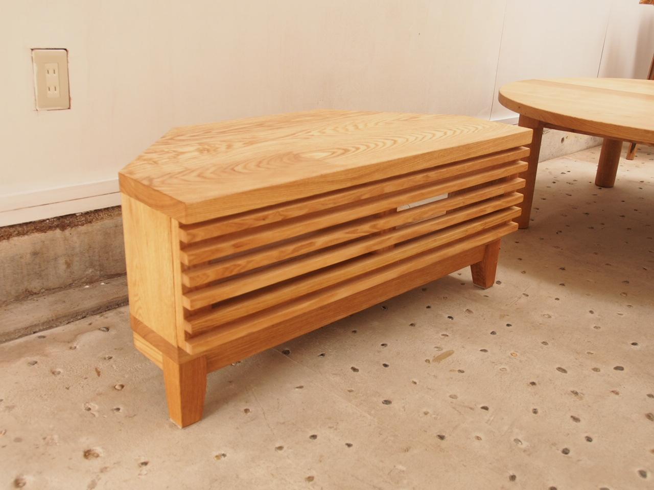 那須高原 じざい工房 小林康文の素材を活かす家具づくり