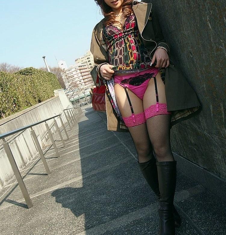 セルフめくりスカート4