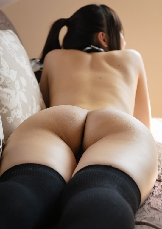 美乳と美尻2