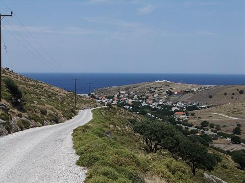 アギオス・エフストラティオス_山から見下ろす