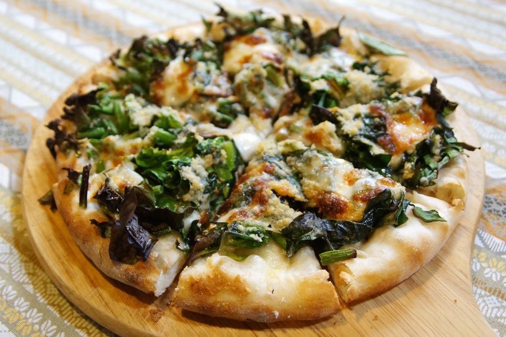 ホウレン草のピザ-1
