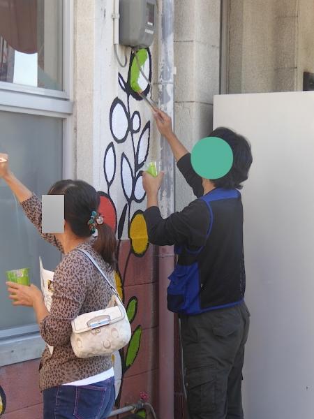 みんなで色塗りワークショップ田辺駅2015-06