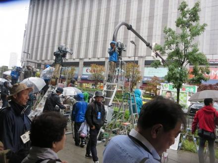 大阪駅前、維新の会