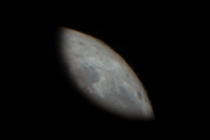 望遠鏡越しに見る月はでかい。