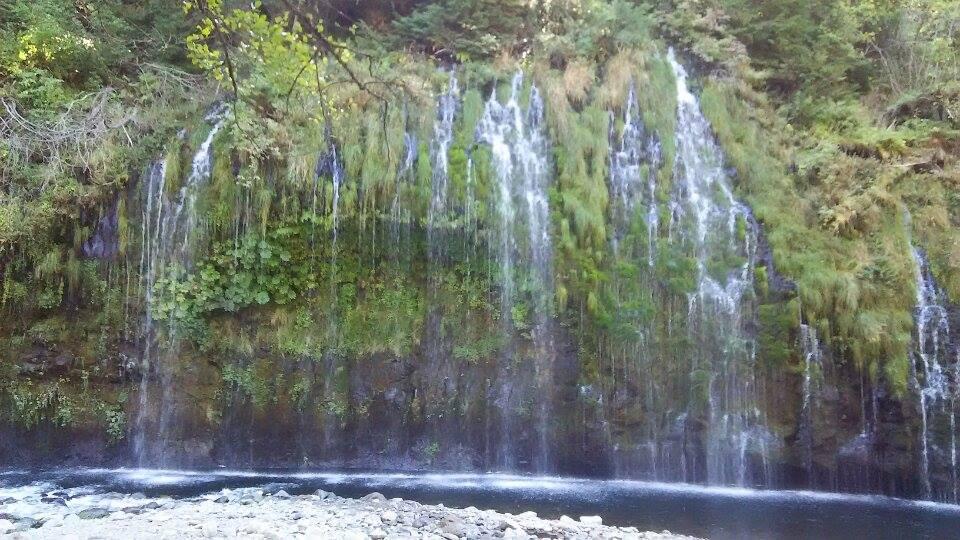 モスブレイの滝