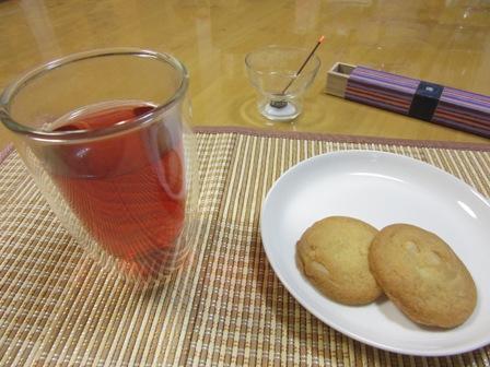 お香と紅茶1