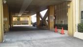 会場敷地内の駐車場です