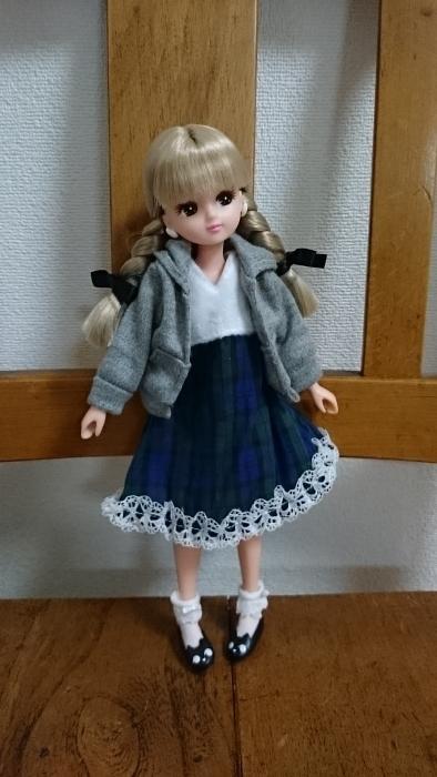 おもちゃ屋さんの服パーカーコーデ
