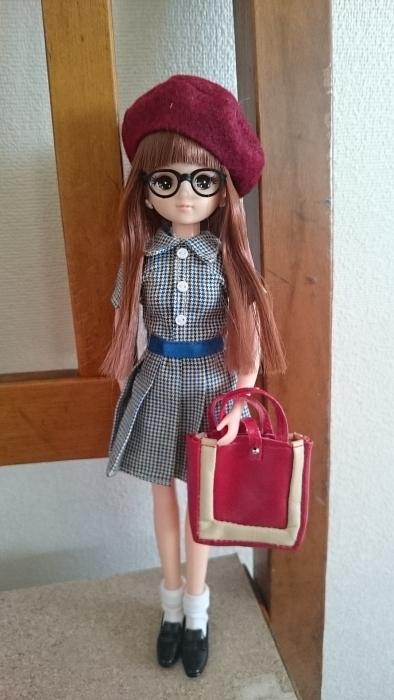 7月月間きらちゃんメガネ全身バッグ持ち