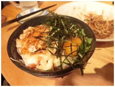 炙りサーモンマヨ丼