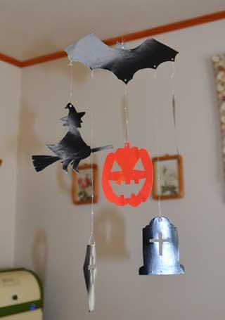 ハロウィンのつるし飾り