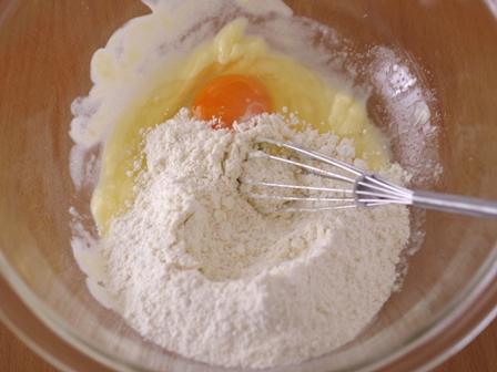 花と料理で楽しむハッピーハロウィンその2カップケーキさつまいも01