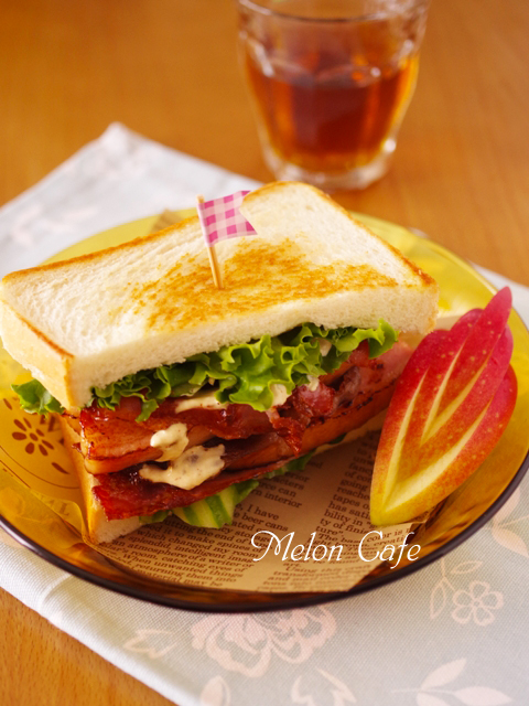 男の子も喜ぶまろやかスパイシーチーズとトリプル肉の焼きサンドイッチ東京ごはん映画祭投稿06