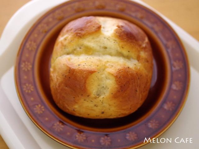 おいしいカフェのパン03