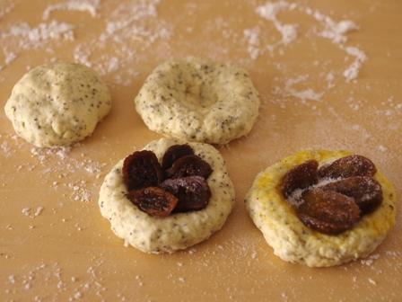 ホットケーキミックスで作るドライフィグでイチジクの簡単さくさくパン03