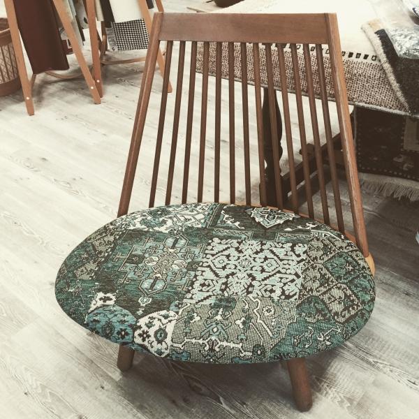 椅子張GANCEDOキリム柄 店内150908-1