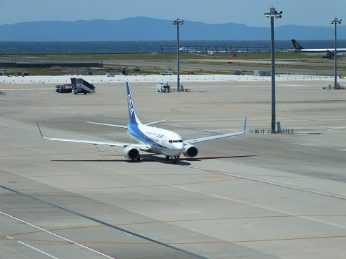 沖縄への飛行機旅行