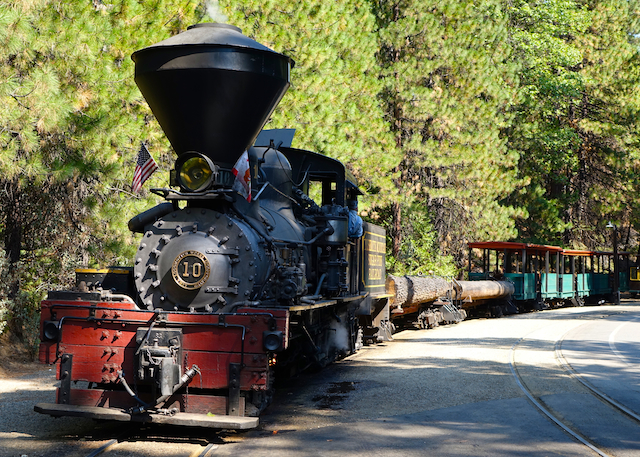 Sep2115 SugarPineRailroad Steam#10-1