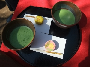 抹茶とお菓子〜〜