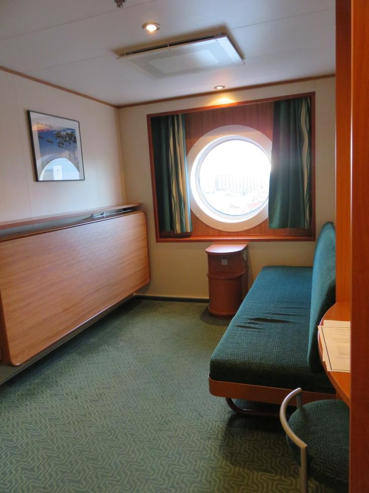 Baltic Queen クルーズ船 キャビン フィンランド ヘルシンキ エストニア タリン