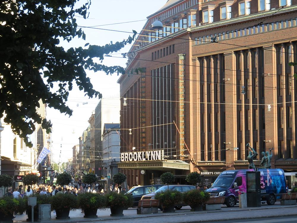STOCKMANN ストックマン BLOOKLYN ヘルシンキ フィンランド