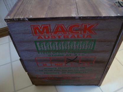 アスパラ木箱