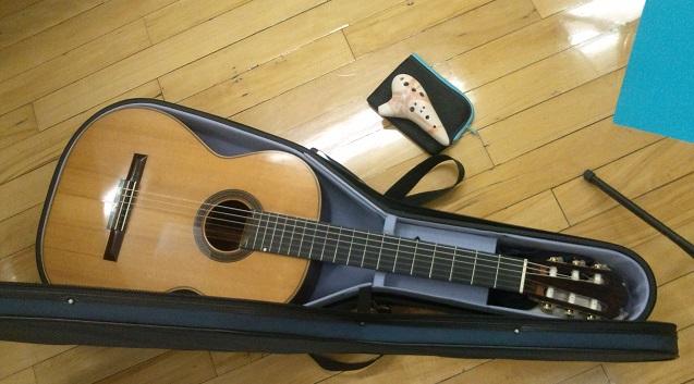 ギターとオカリナ