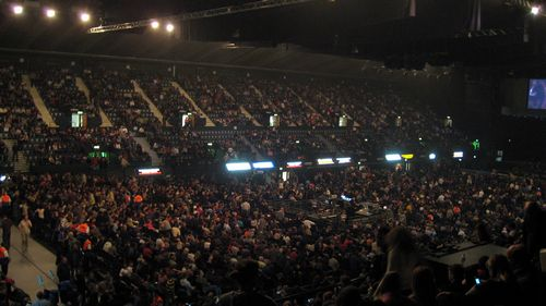 Wembley_Arena_interior.jpg