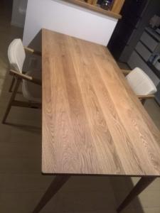 ダイニングテーブル2