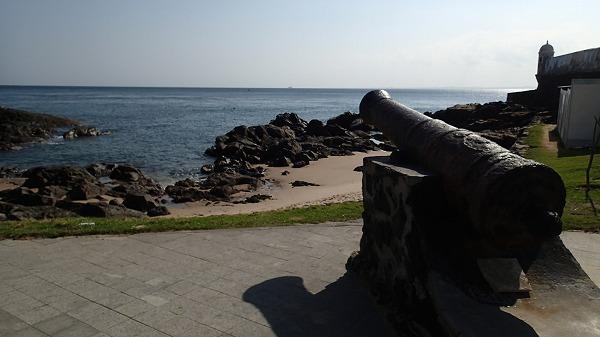s-海岸沿いを歩く (9)