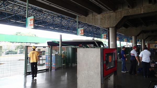 s-イグアスへのバス移動 (3)