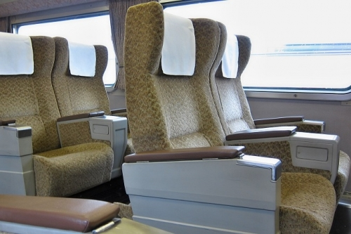IMG_4437 グリーン車 座席