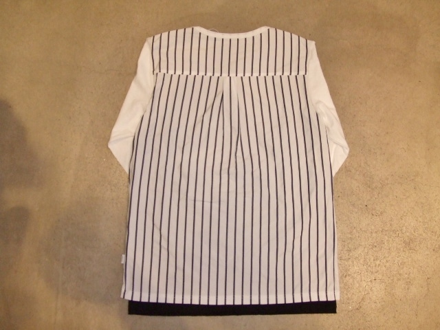 rehacer Back Tuck Stripe Cutsewn bk