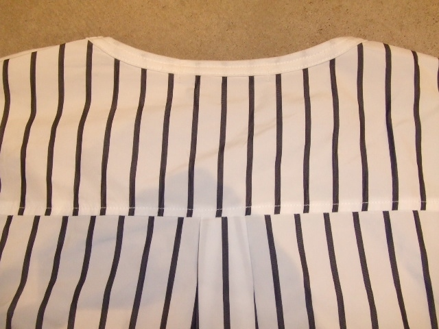 rehacer Back Tuck Stripe Cutsewn bks
