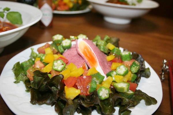 ハムエッグのサラダ