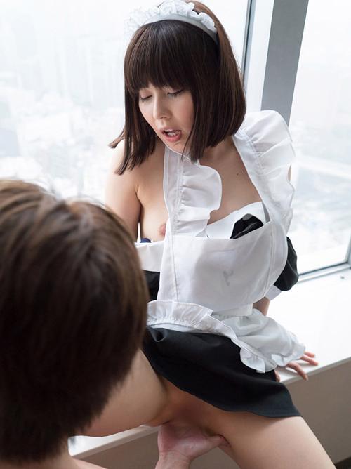 彩城ゆりな メイド姿でご奉仕系セックス画像