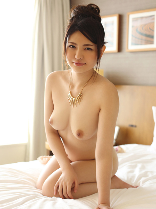 【No.24666】 Nude / 茜あずさ