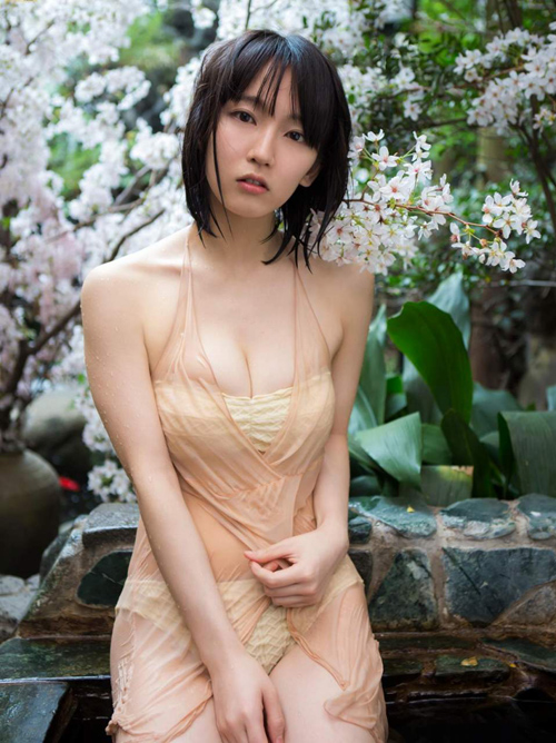 吉岡里帆(22)の濡れ濡れで透け透けグラビアがエッロwwww画像×38