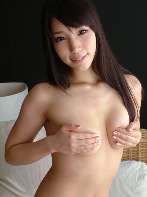 【三次】手で乳首を隠してる女の子のエロ画像part2