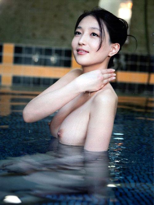 温泉でおっぱいと浸かって癒やし7