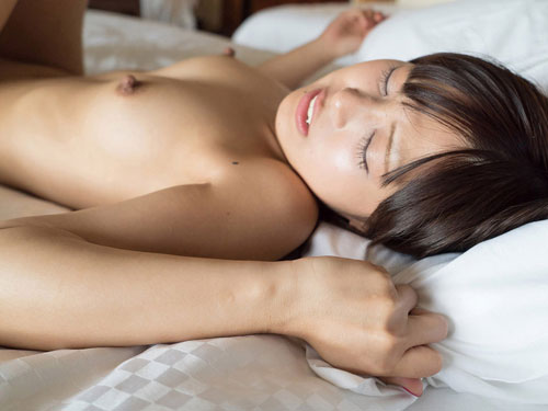 Mayu 言葉責めは苦手だけど気持ち良くなっちゃうエッチな乳首