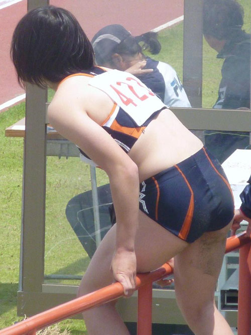 【陸上女子エロ画像】女子アスリートの鍛え抜かれたボディってマジ抜けるよなwww