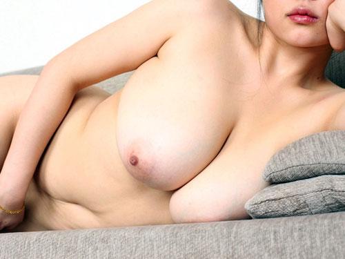 【おっぱい天国】男ならだれでも揉みたくなる・触りたくなる巨乳エロ画像wwww