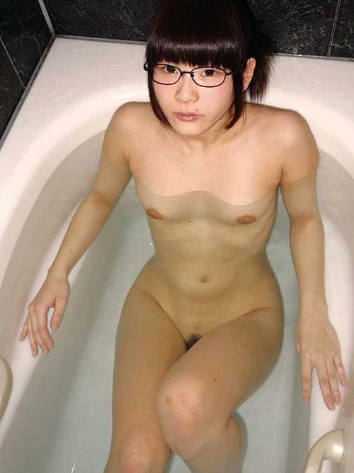 【三次】眼鏡を掛けている女の子のエロ画像
