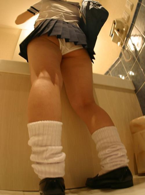 先生、女子のパンツが見たいです part29