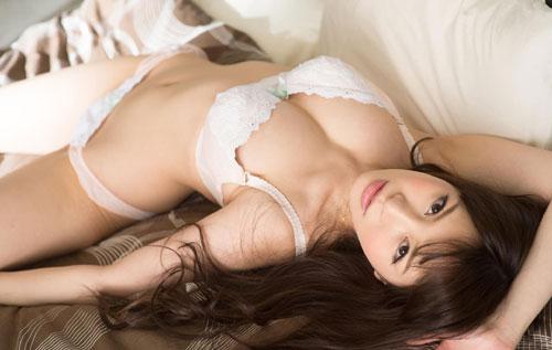 葵ちゃんのHカップ巨乳おっぱい14