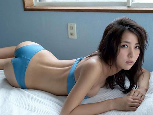 石川恋(22) ピチピチ下着で美尻&モリマン。画像×21